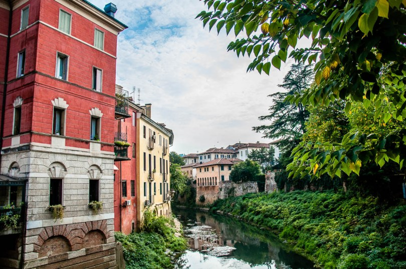 A river view in the historical centre - Vicenza, Italy - www.rossiwrites.com