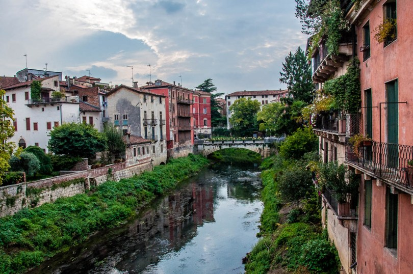 The view from the San Michele Bridge over the river Retrone - Vicenza, Italy - www.rossiwrites.com