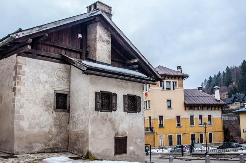 Side view of Titian's birth house - Pieve di Cadore - Province of Belluno, Veneto, Italy - www.rossiwrites.com