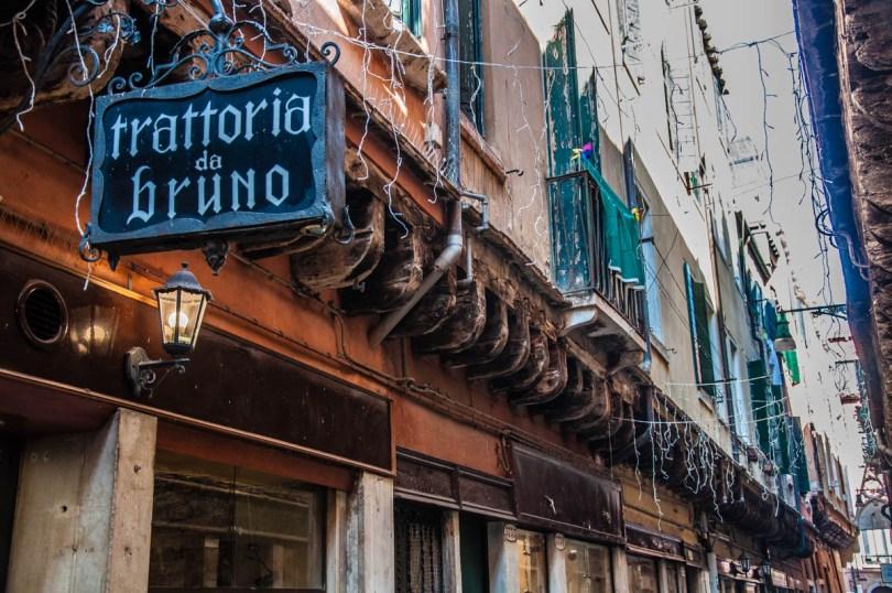Traditional Italian trattoria - Venice, Italy - Italian food - www.rossiwrites.com