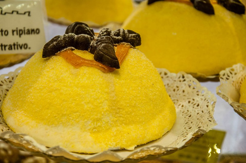 Traditional polentina cake - Bergamo Upper City, Lombardy, Italy - www.rossiwrites.com