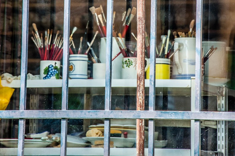 The brushes of a ceramic artist - Este, Veneto, Italy - www.rossiwrites.com