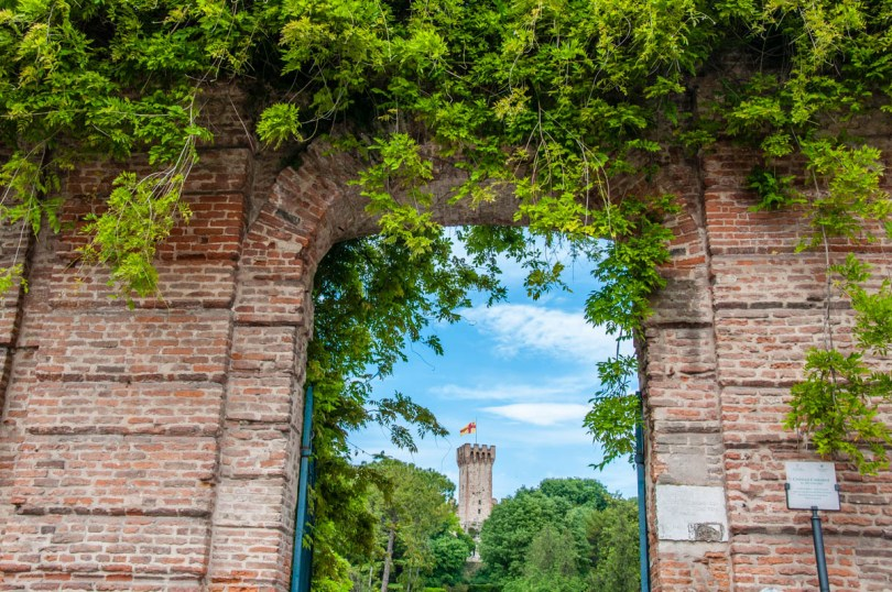 The entrance of the Public Garden in the Carrara Castle - Este, Veneto, Italy - www.rossiwrites.com