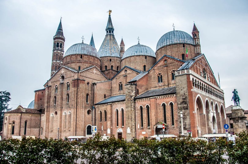Basilica of St. Anthony - Il Santo - Padua, Italy - rossiwrites.com