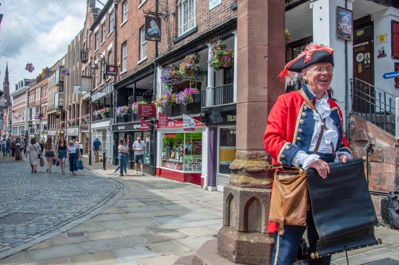 Chester's town crier - Chester, Cheshire, England - rossiwrites.com