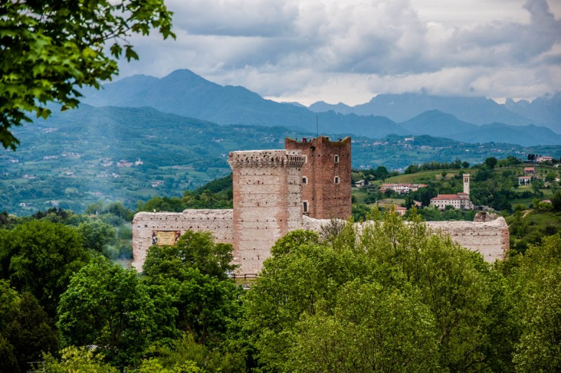 The Bellaguardia's Castle also known as Romeo's Castle - Montecchio Maggiore, Veneto, Italy - rossiwrites.com