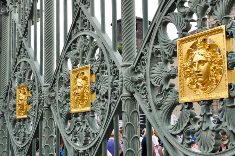 The iron fence of the Royal Palace in Turin - Piedmont, Italy - rossiwrites.com