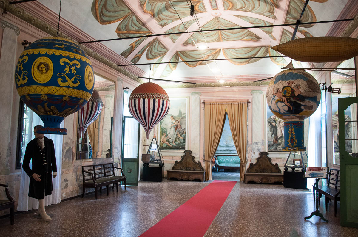 The room with the balloons, Museum of Flight - Castello di San Pelagio, Province of Padua, Veneto, Italy - rossiwrites.com