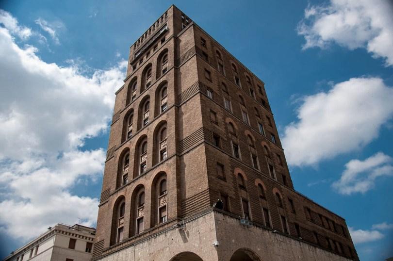Torrione - Italy's first skyscraper - Brescia, Lombardy, Italy - rossiwrites.com