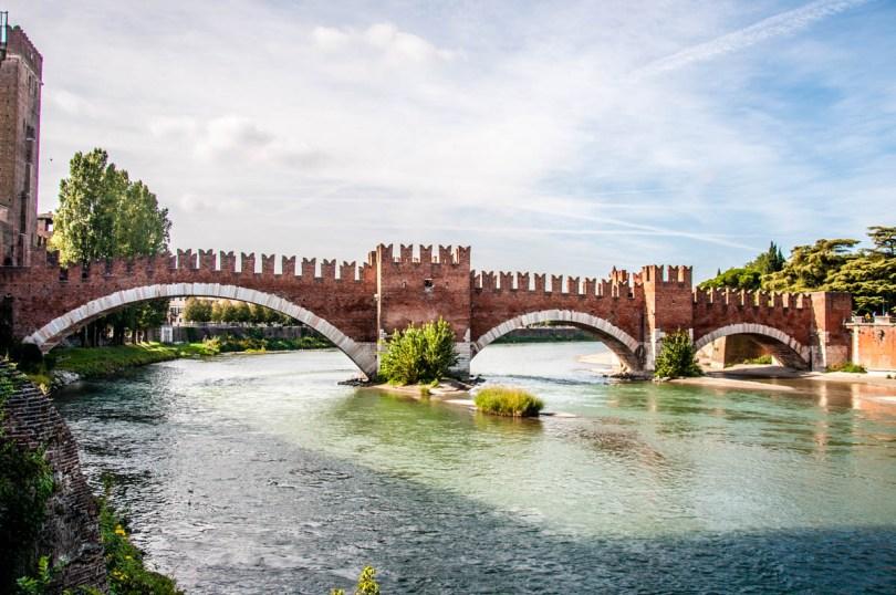 Castelvecchio bridge - Verona, Veneto, Italy - rossiwrites.com