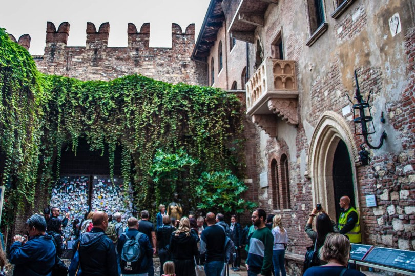 The courtyard of Juliet's House - Verona, Veneto, Italy - rossiwrites.com