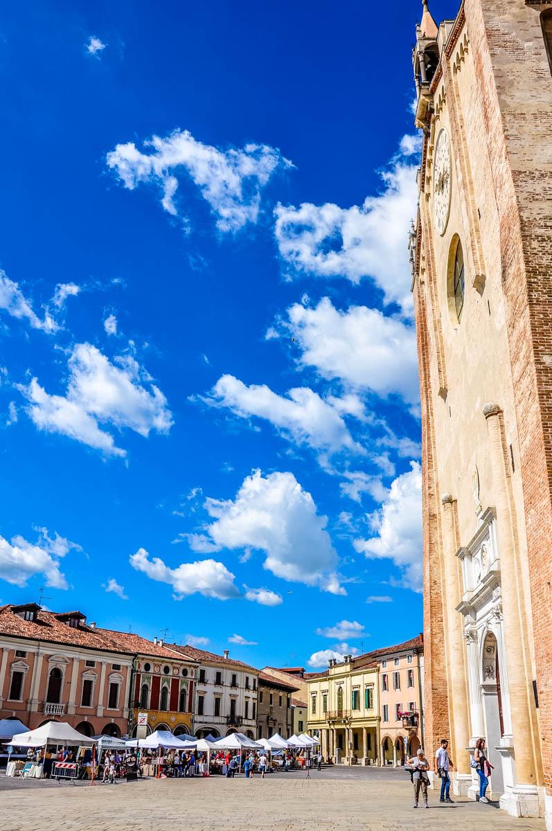 The Duomo facing the town's main square - Montagnana, Veneto, Italy - rossiwrites.com