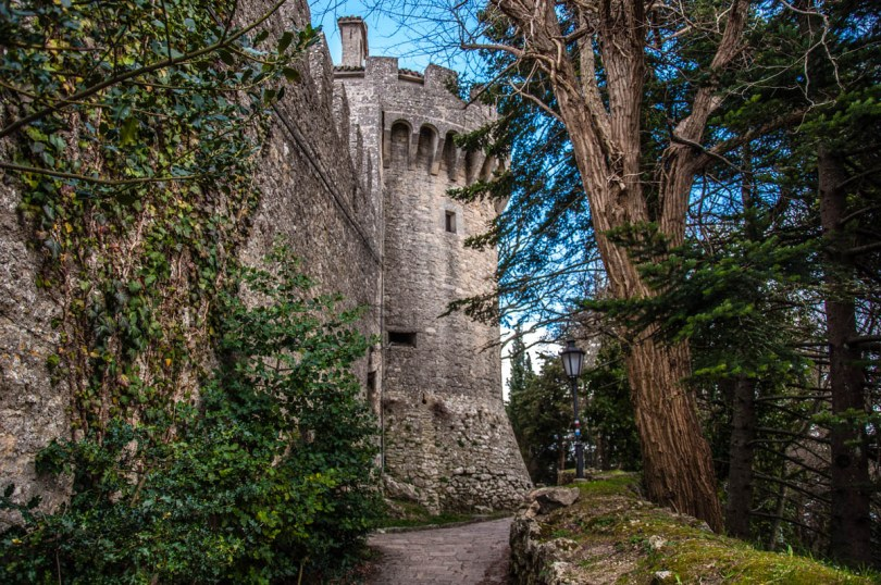 Cesta - The Second Tower - and the path which leads to Montale - the Third Tower - San Marino - rossiwrites.com