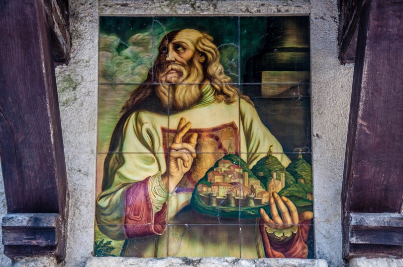 St. Marinus holding the republic he founded - San Marino - rossiwrites.com