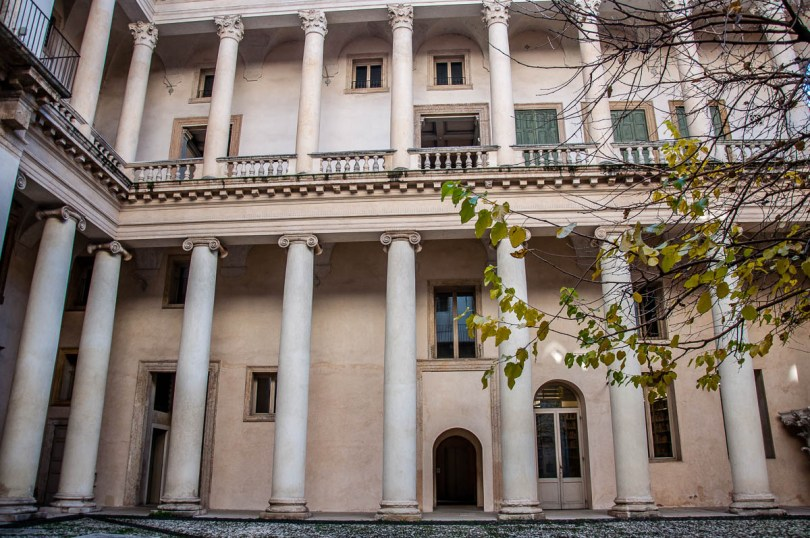 The courtyard of Palladio's Museum - Vicenza, Italy - rossiwrites.com