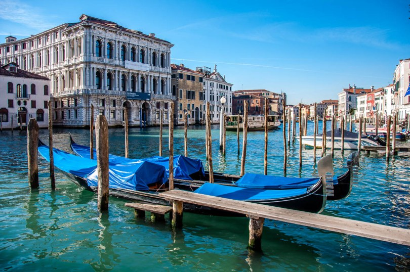 Venetian gondolas - Venice, Veneto, Italy - rossiwrites.com