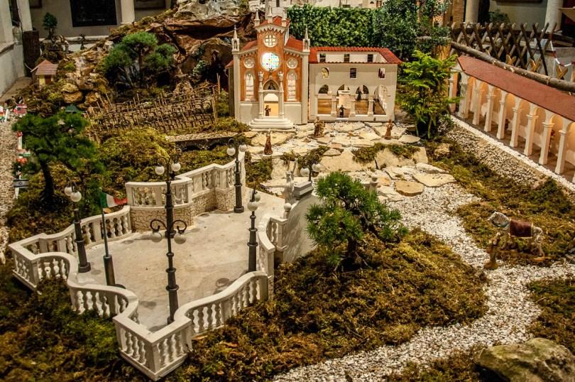 A Nativity Scene with Piazzalle della Vittoria - Monte Berico, Vicenza - Veneto, Italy - rossiwrites.com