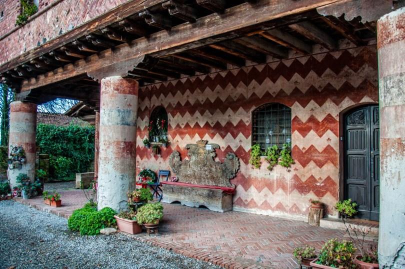 Porch - Grazzano Visconti, Province of Piacenza - Emilia-Romagna, Italy - rossiwrites.com