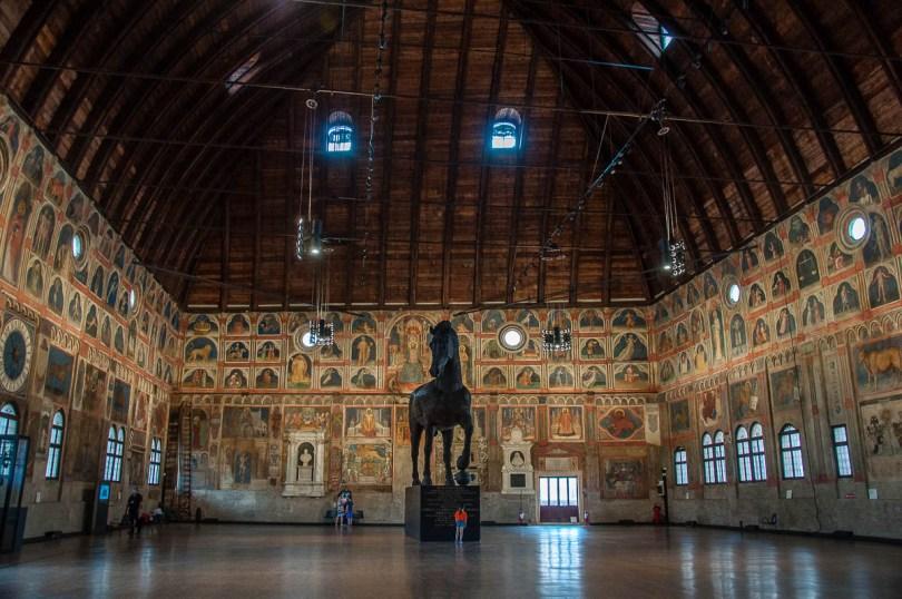 The Great Hall of Palazzo della Ragione - Padua, Veneto, Italy - rossiwrites.com