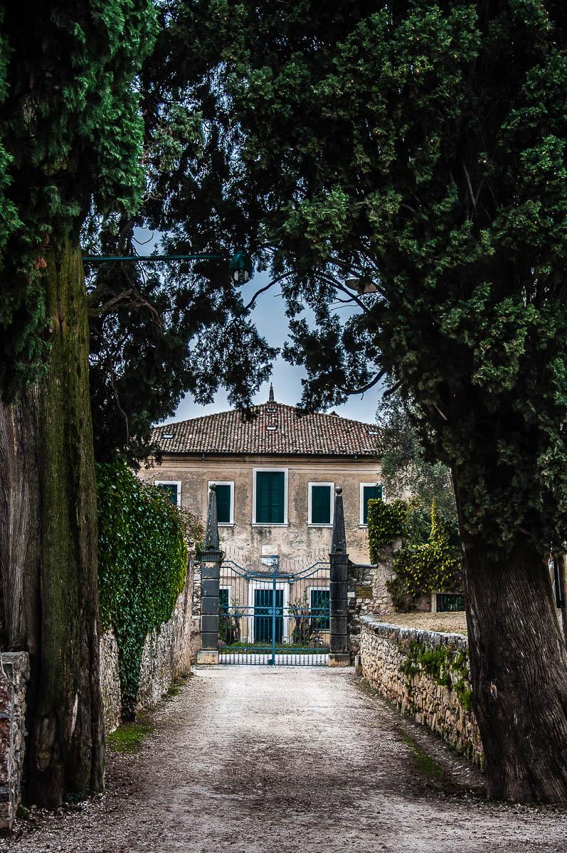 Villa Guarienti di Brenzone seen from the Cypress Avenue - Punta di San Vigilio - Lake Garda, Italy - rossiwrites.com