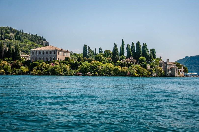 Villa Guarienti di Brenzone seen from the water - Lake Garda, Italy - rossiwrites.com