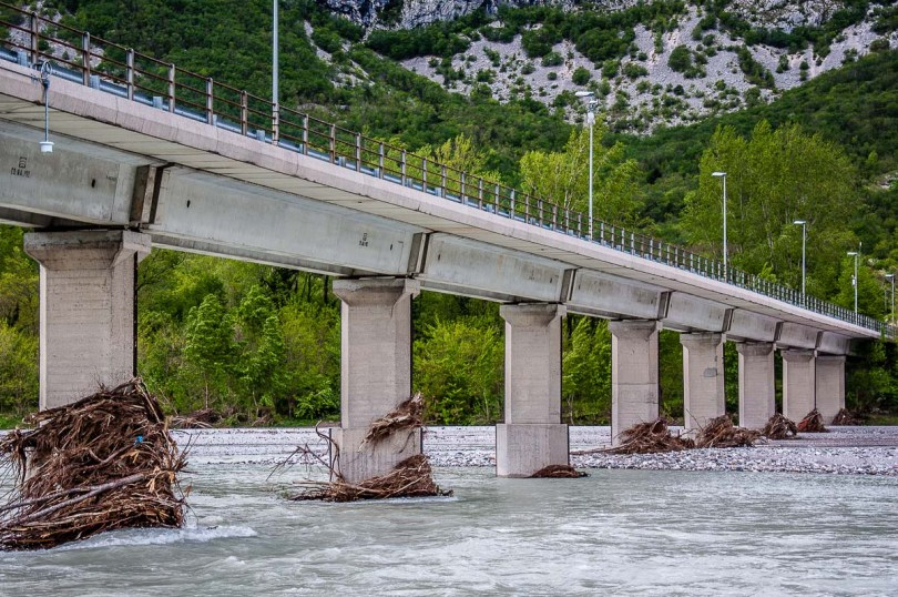 The bridge over the River Tagliamento - Venzone, Italy - rossiwrites.com