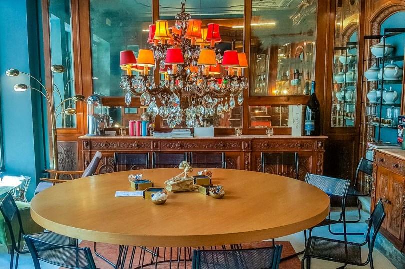 The interiors of Caffeine Coffee Shop - Padua, Italy - rossiwrites.com