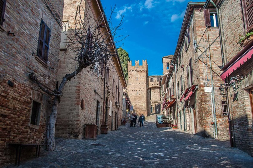The main street leading up to the second defensive wall - Gradara, Italy - rossiwrites.com