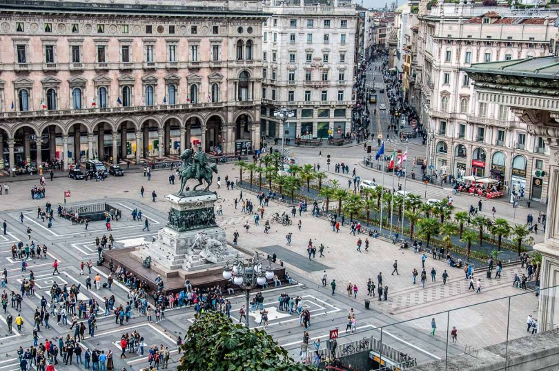 Piazza del Duomo seen from the rooftop of Galleria Vittorio Emanuele II - Milan, Italy - rossiwrites.com