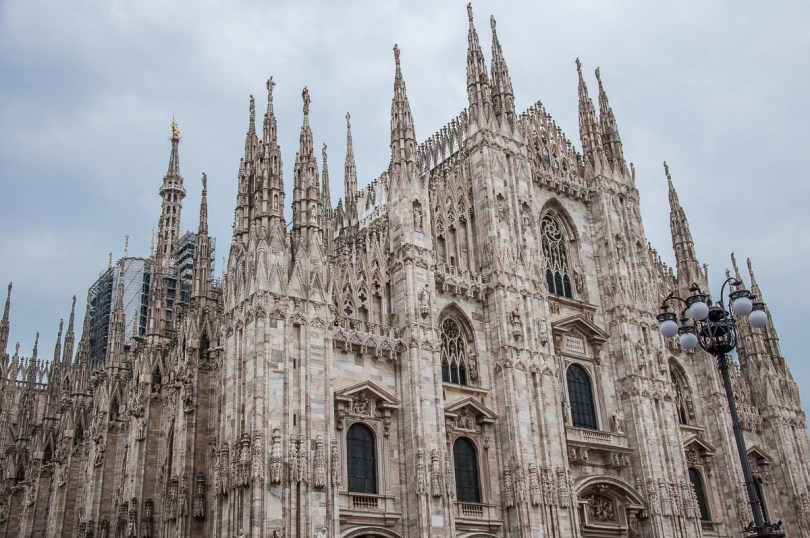 Side view of Milan's Duomo - Milan, Italy - rossiwrites.com