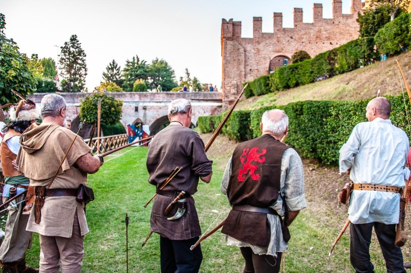 Archers at the medieval reenactment - Cittadella, Italy - rossiwrites.com