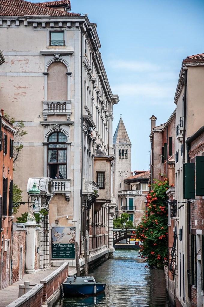 The entrance of Ca' Rezzonico - Venice, Italy - rossiwrites.com