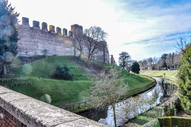 The moat with the defensive walls - Cittadella, Italy - rossiwrites.com