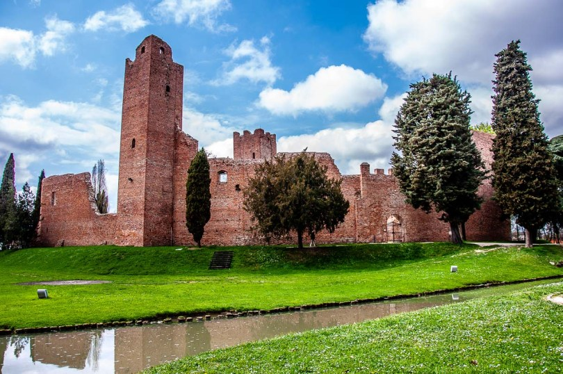 The medieval fortress Rocca in Noale - Veneto, Italy - rossiwrites.com