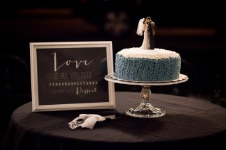 wedding cake topper Cincinnati