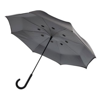 Auto close reversible umbrella