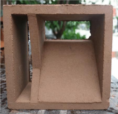 model loster terakota
