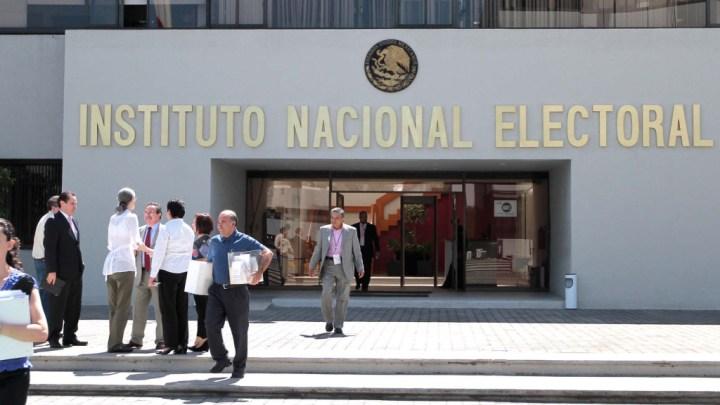 Comisión del INE propone cancelar proyectos de inversión, aplazar tareas electorales y ajustar gastos de alimentos para afrontar el recorte en 2020