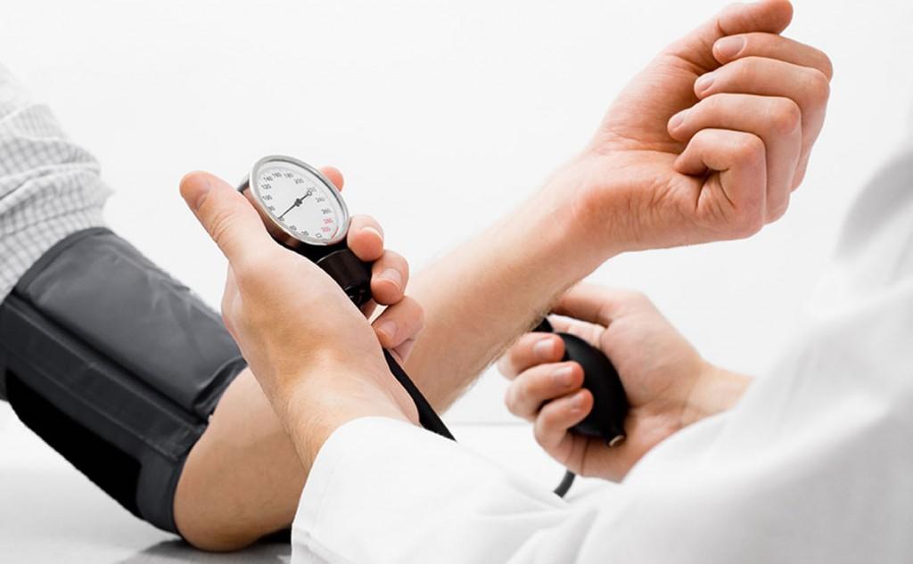 Sócrates A. Campos Lemus: Sin salud no somos nada