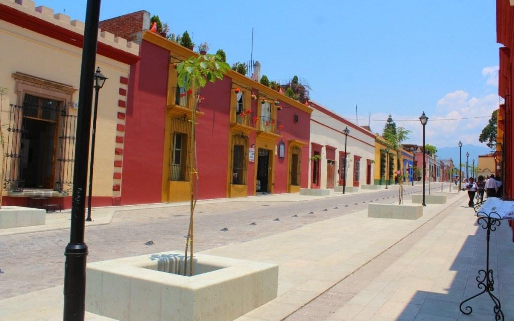 Capacitan a Embajadores Turísticos para orientar a visitantes en Semana Santa en Oaxaca