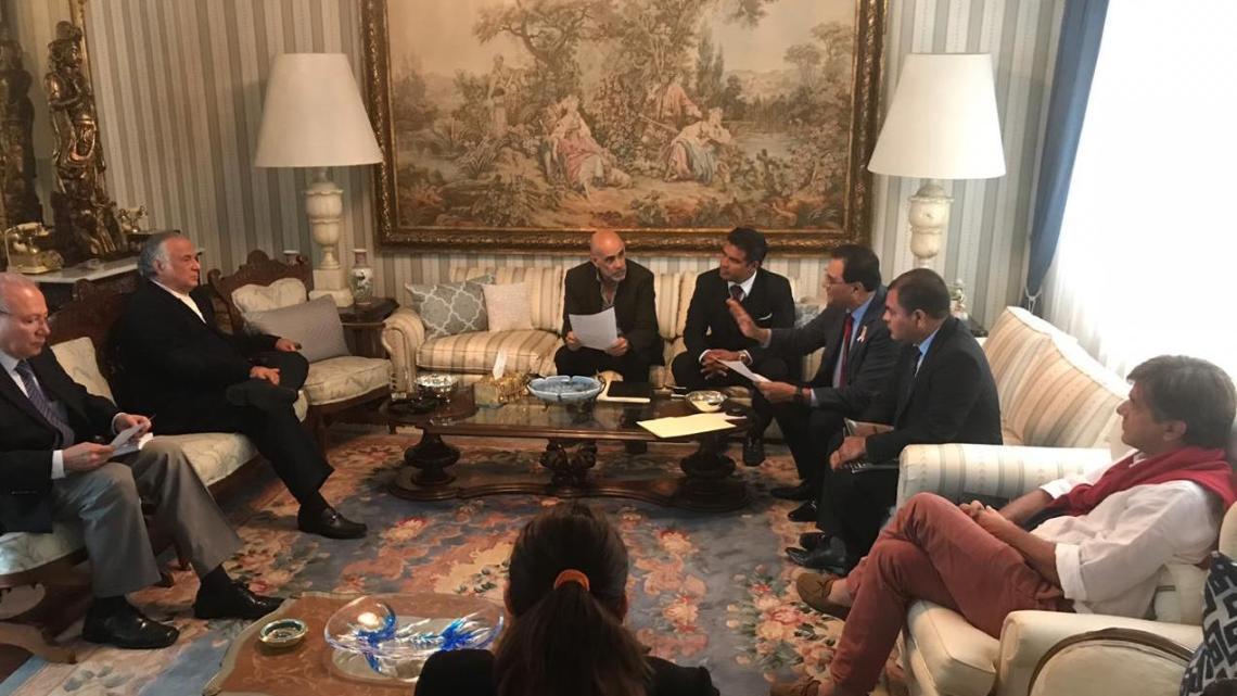 Riviera oaxaqueña mejorará la vida de familias costeñas,sostuvo Benjamín Robles en reunión con próximo Secretario de Turismo