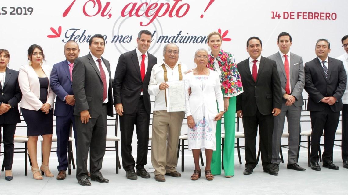 Atestigua Alejandro Murat enlaces matrimoniales gratuitos