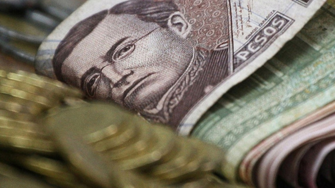 Sócrates A. Campos Lemus: El dinero