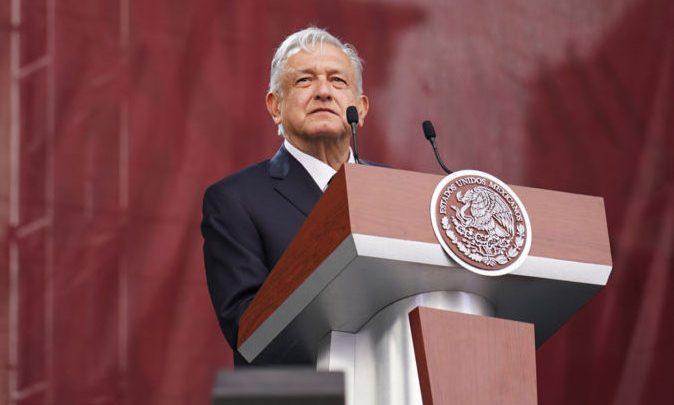 Columna de Cipriano: ¿Quién es Andrés Manuel López Obrador?
