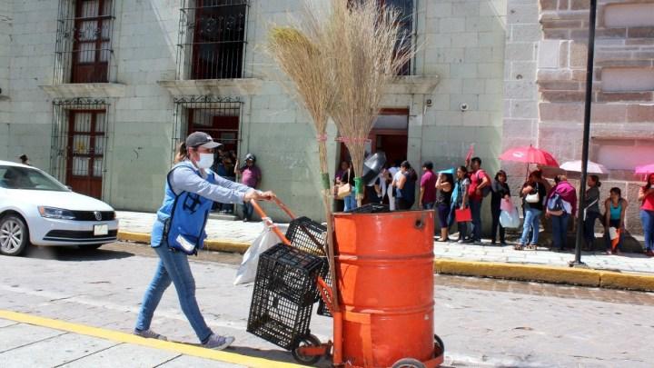 Servicio de recolección de basura es gratuito, reitera gobierno municipal en la capital oaxaqueña