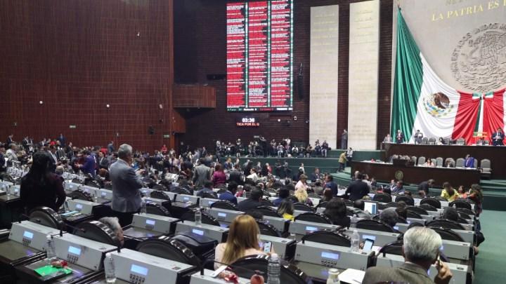 Diputados y diputadas de aprueban reformas para su su reelección, y la de senadores