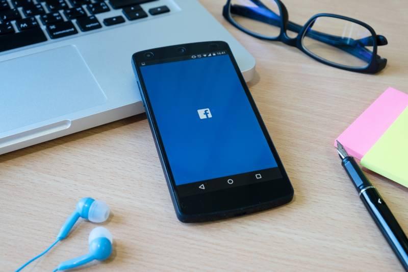3 maneiras de baixar vídeo do Facebook