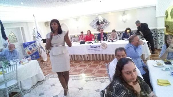 Jennifer Dominguez presentando plan acción 1er cuatrimestre