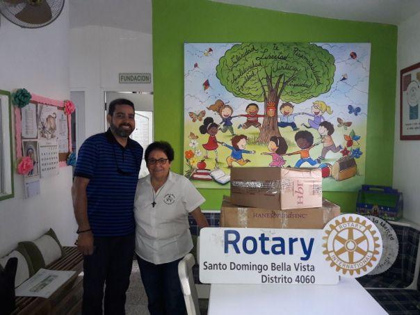 Donación de ropa interior Fund La Merced