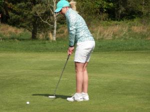 girl_golfer_1200
